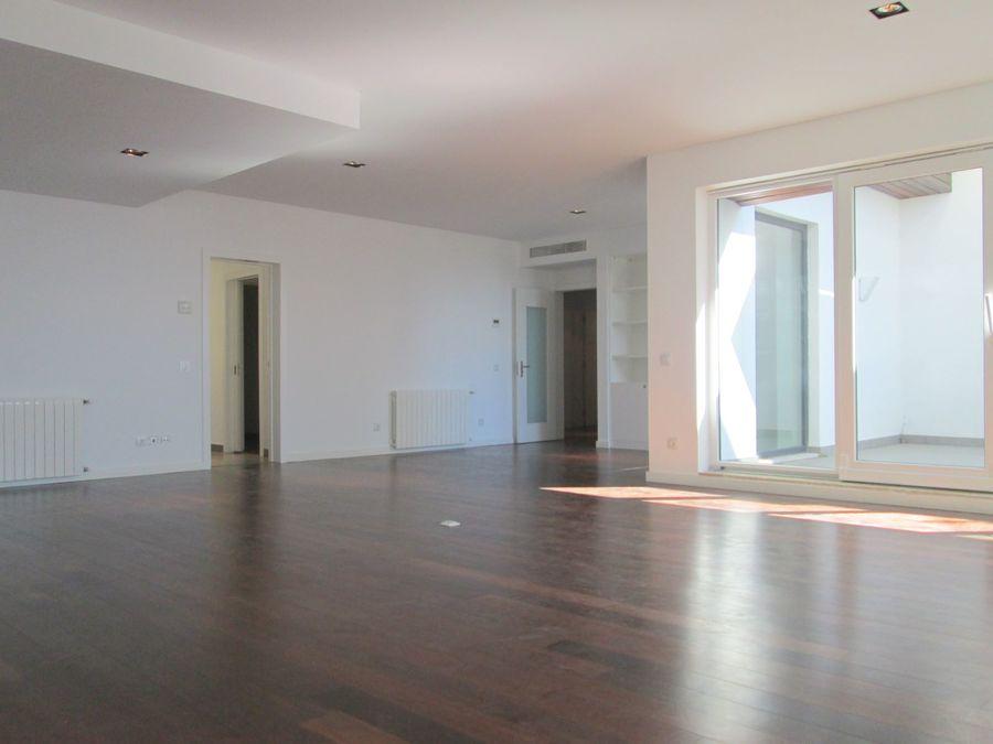 PF5102, Apartamento T5, Lisboa