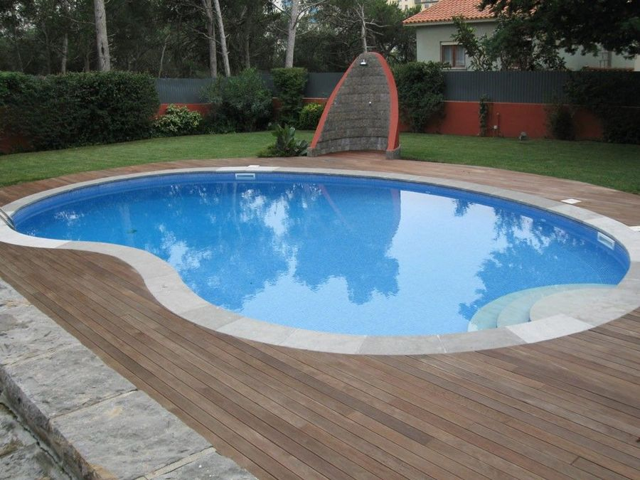 6 bedroom villa with a swimming pool